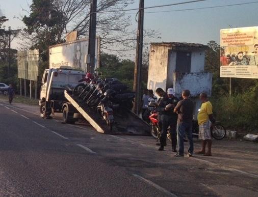 13 veículos são apreendidos durante operação em Neópolis