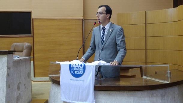 Deputado Georgeo Passos diz que aumento do ICMS foi um golpe contra o povo sergipano