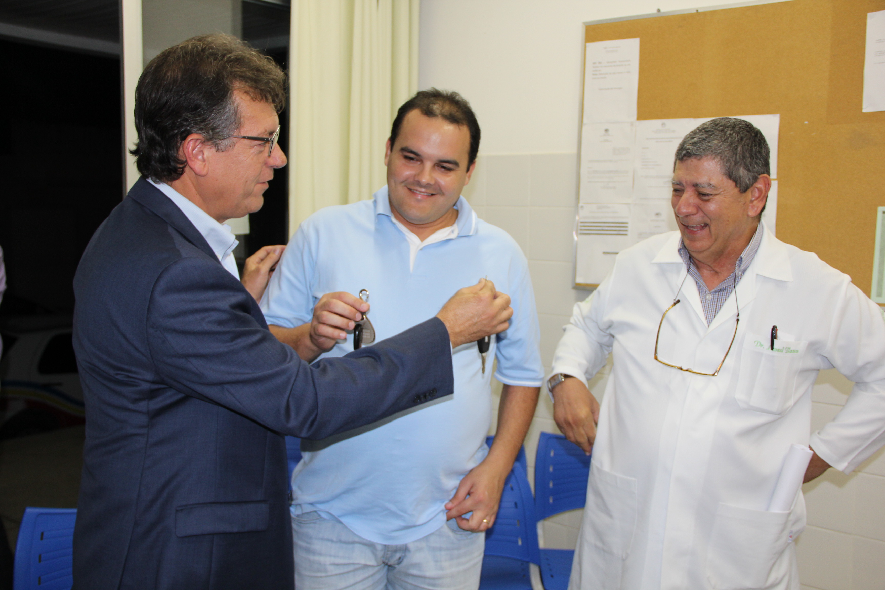 Emenda de Laércio Oliveira garante compra de  equipamentos para Postos de saúde de Carira