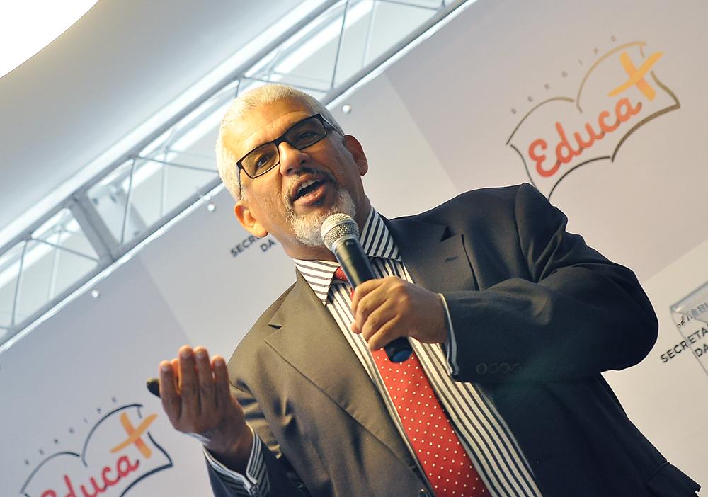 Secretário da educação lança Programa Sergipe Educar Mais