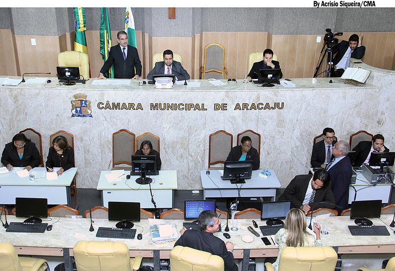 Vereadores aprovam com modificações projeto do Pró-Mulher
