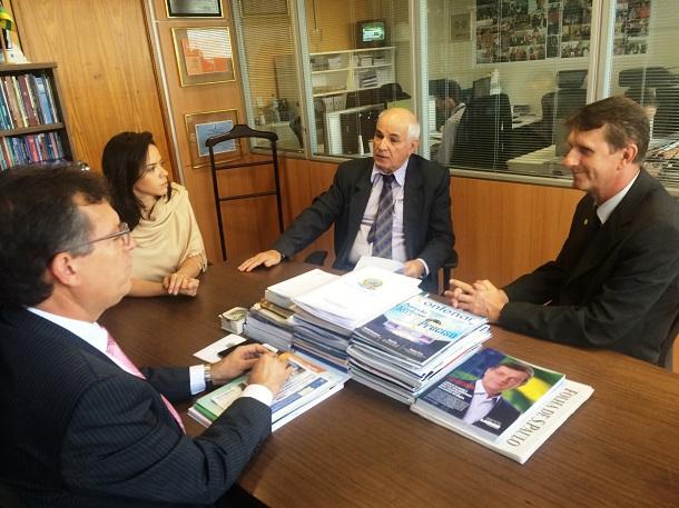 Deputado Laércio Oliveira rejeita projeto que pode inviabilizar atividade de apicultura no país