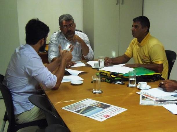 Regulamentação do mototáxi em Aracaju é tema de reunião na SMTT