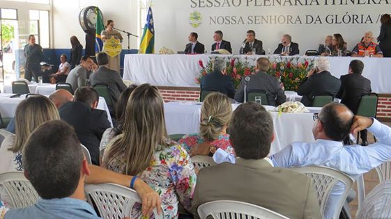 Sessão itinerante da Assembleia Legislativa é realizada no sertão