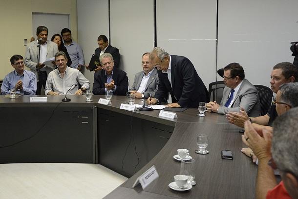 Governo de Sergipe muda nomes de escolas estaduais