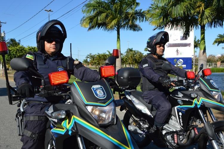 Guarda Municipal de Aracaju recupera arma e carro roubados de policial militar