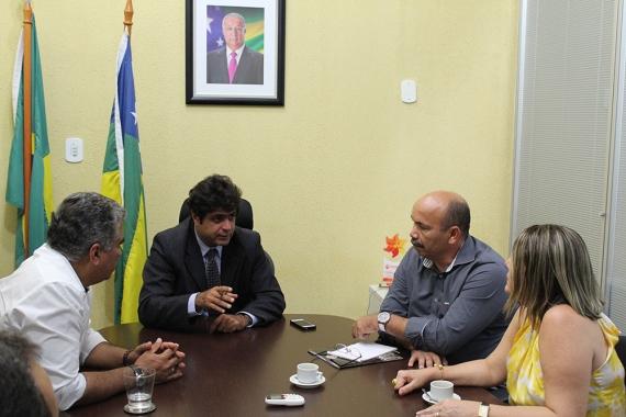 REUNIÃO: SSP e Guarda de Aracaju iniciam plano para combater assaltos a ônibus
