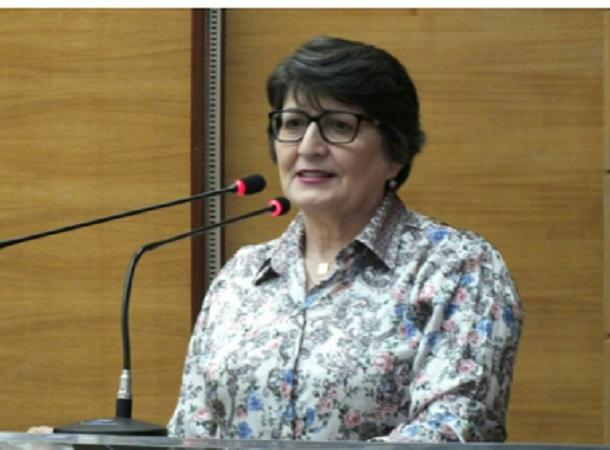 Deputada Maria Mendonça apela que Estado e Prefeitura quitem o débito com o Hospital São José