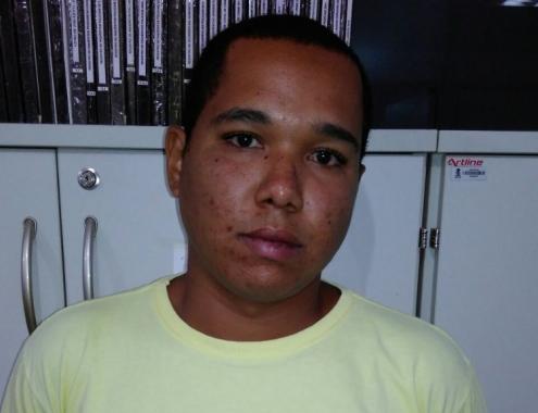 Jovem que matou homem em condomínio é preso pelo DHPP de Sergipe