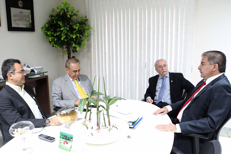 Parlamentar da Assembleia de Roraima é recebido pelo presidente da Alese de Sergipe
