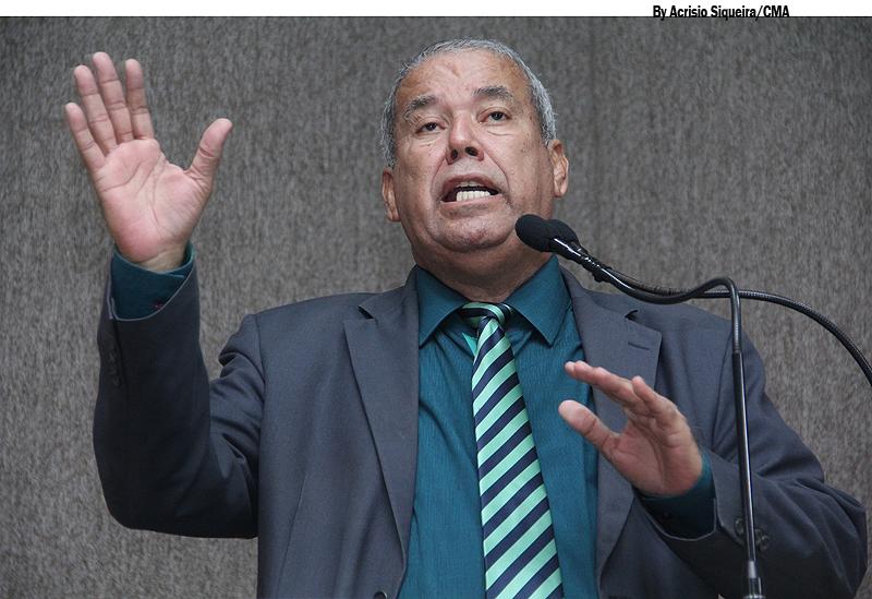 """""""Prefeitura deve se antecipar para evitar alagamentos"""", cobra Emmanuel"""