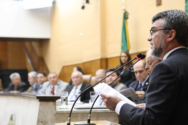 Sessão Especial da ALESE celebra centenário de nascimento de Antônio Garcia Filho