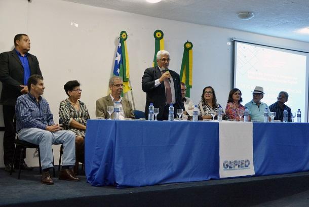 Secretário Jorge Carvalho aborda o uso da tecnologia e a comunicação em favor da Educação