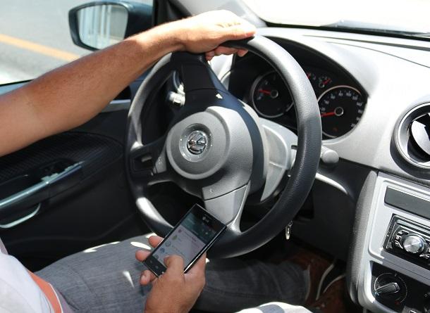 Samu 192  de Sergipe alerta sobre perigo de utilizar celular ao volante