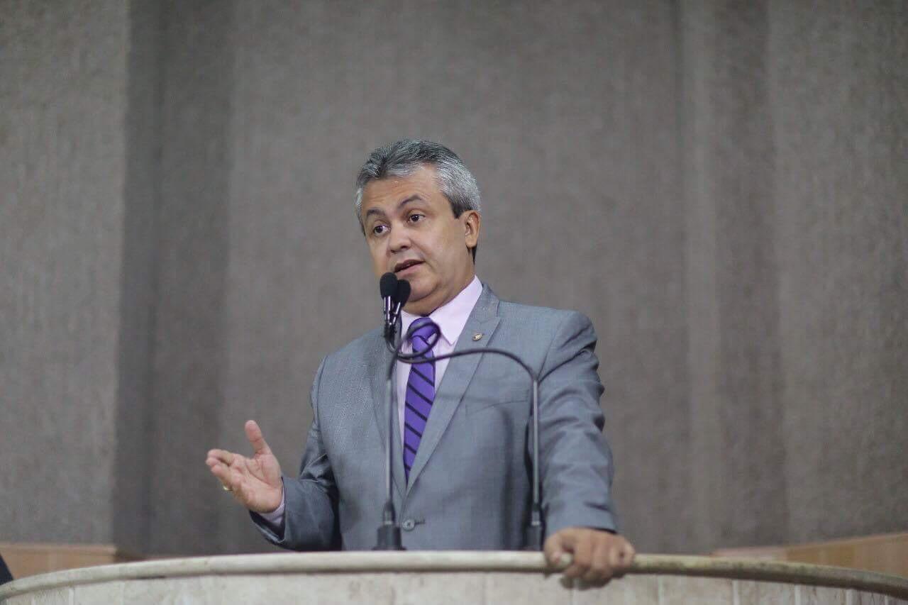 Líder da oposição diz que Edvaldo trabalha para trazer a Torre de volta